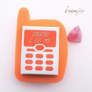 Téléphone portable /2, pour dragées ou confiseries