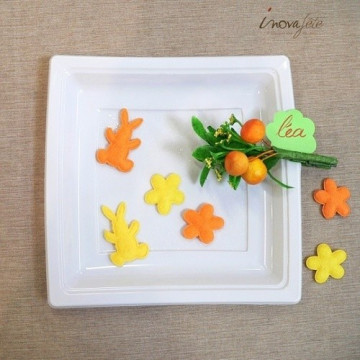 Assortiment de papillon, lapin et fleur en feutre jaune /24