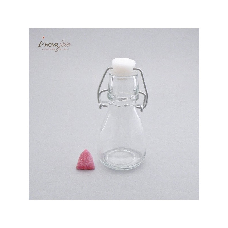 Petite bouteille transparente
