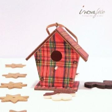 Décor nichoir de bois motif tissus écossais /2