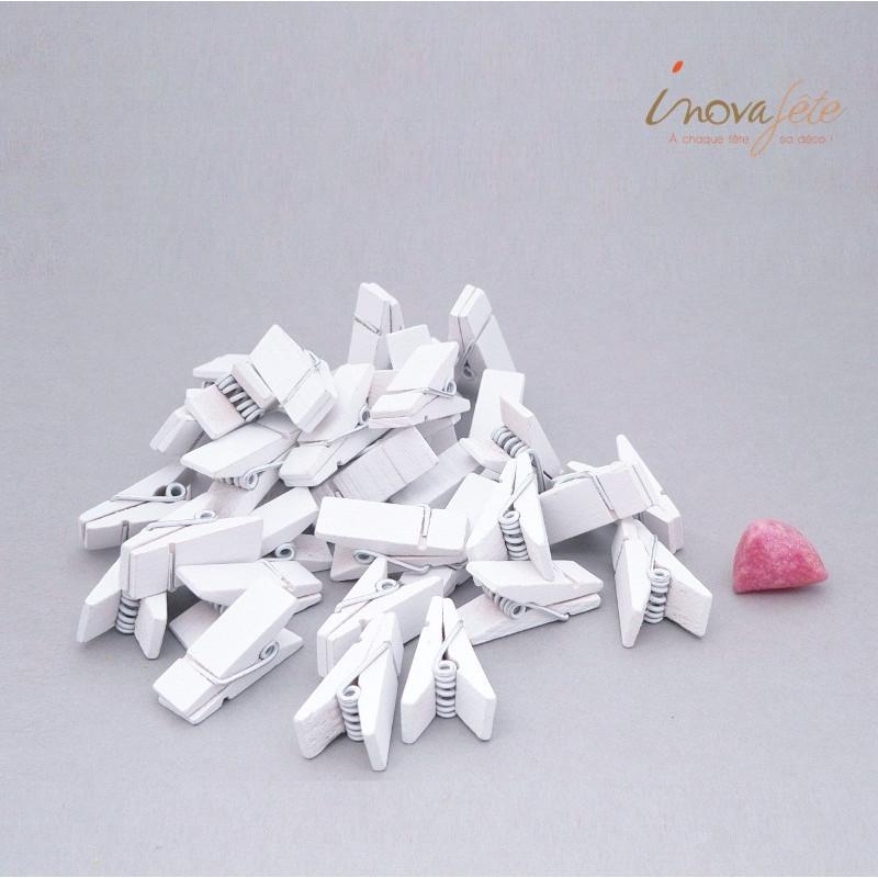 Pince bois blanche /36, un porte-carte ou porte photo