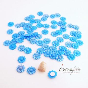 Petite Fleur bleue nacrée /68