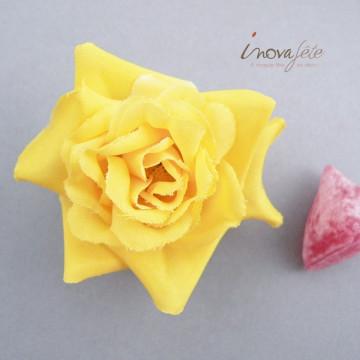Fleur jaune en tissu/18 - Label Fête