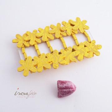 Pince bois fleur jaune et or /12 - Label Fête