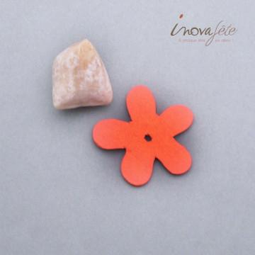 Petite fleur orange en bois /16