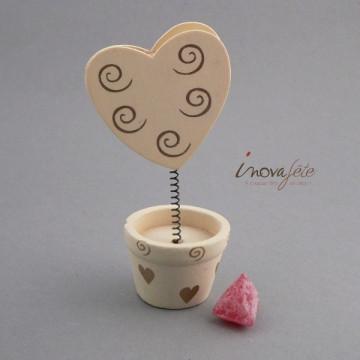 Pince coeur en pot ivoire/or, une décoration de table danniversaire mariage
