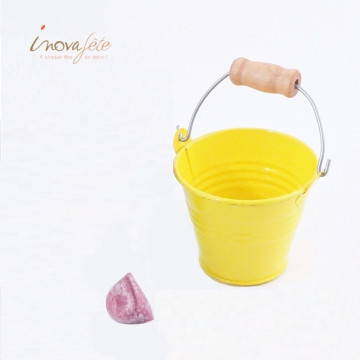 Petit seau dragées métal jaune - Label Fête