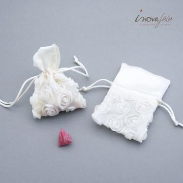 Sac à dragées, ivoire décor floral - Label Fête