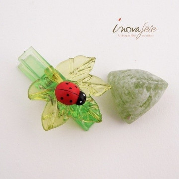 Pince feuille coccinelle /12